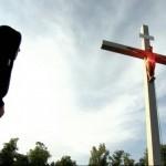 Na Via Sacra, Papa convida os jovens ao protagonismo no serviço
