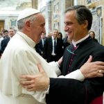 Mons. Viganò: Papa convida a abrir espirais de esperança
