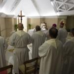 """Papa Francisco: """"Todos nós somos tentados a destruir o outro para subir mais"""""""