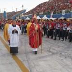 Maior celebração de Pentecostes do Brasil reúne mais de 100 mil fieis