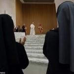 Papa não descarta Comissão para estudar diaconato feminino