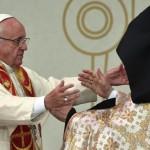 Papa na Armênia: abandonar interesses próprios em nome da plena união