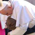 """""""Hoje no mundo há muitas crianças escravas"""", denuncia o Papa"""