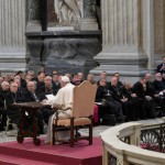 "Papa Francisco: ""Nada une mais a Deus do que um ato de misericórdia"""