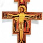 Após 8 séculos, Cruz que falou a São Francisco volta para seu lugar original
