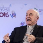 Dom Paglia: trabalho não se torne ídolo, a família esteja no centro