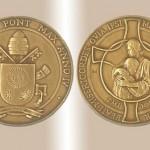 Medalha comemora o IV ano de Pontificado de Francisco