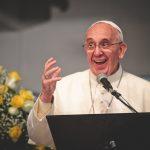 """Papa pede lógica da """"boa notícia"""" e comunicação construtiva"""