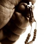 9 Ideias para rezar o terço, quando você estiver muito ocupado